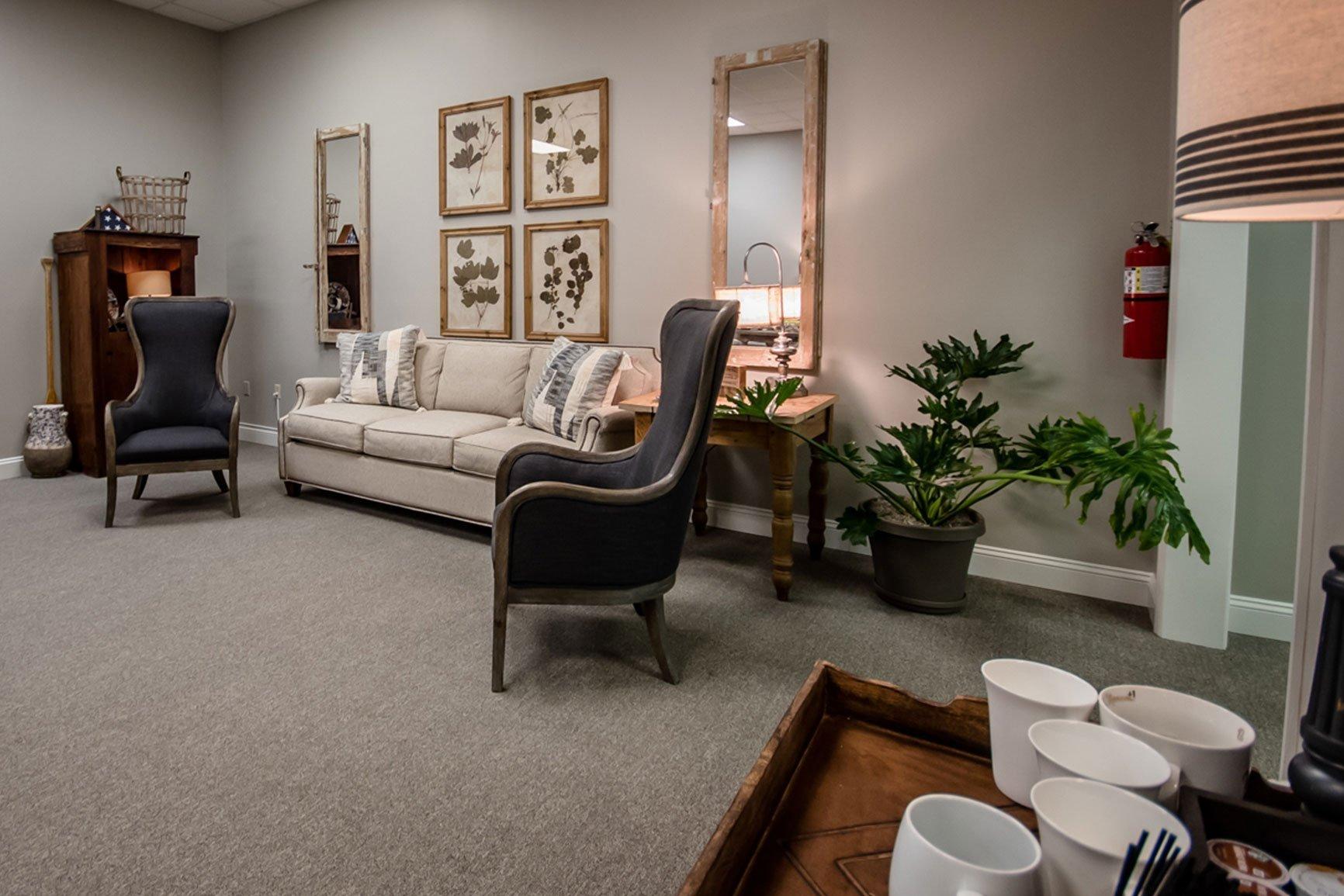 Mercer Hughes Real Estate Group - Dedra Hughes Home Staging Expert